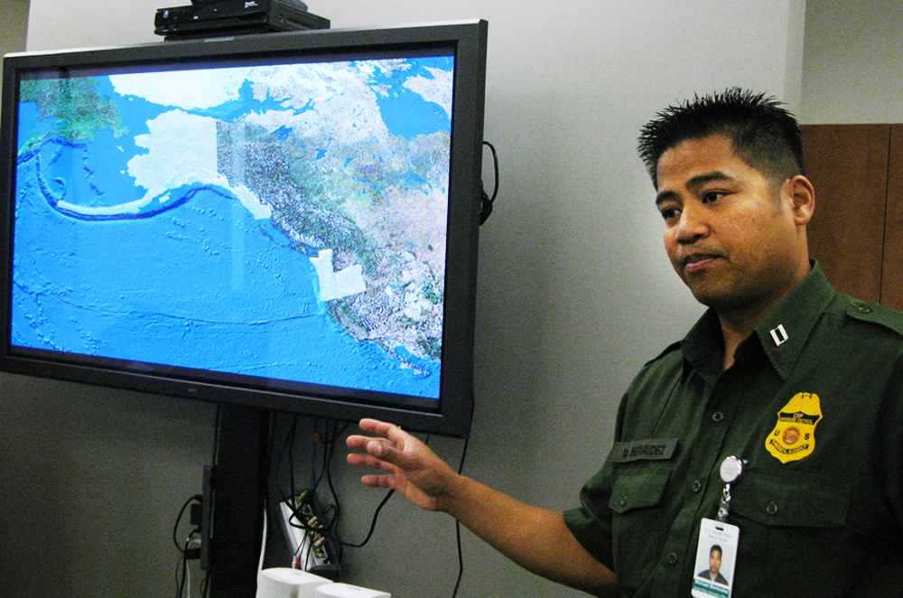 Border Patrol Agent Mike Burmudez at a command center along the Canadian border in Blaine, Washington. (Photo by Eroyn Franklin)
